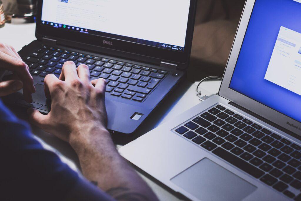 lavoro al computer